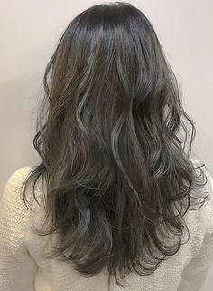ハイライトグレージュ【ZEST bis】 http://www.beauty-navi.com/style/detail/53108?pint ≪#haircolor #hairstyle #ヘアカラー #外国人風 #ヘアスタイル #髪形 #髪型 #グレージュ #longhair #ロング ≫