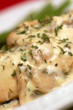 Chicken Breasts with Mushrooms & Cream