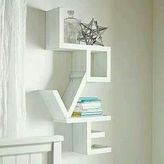 I love this shelf!
