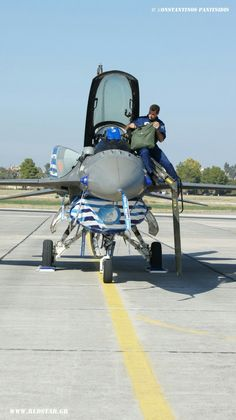 Hellenic Air Force, F 16 Falcon, Greek Beauty, Air Planes, Falcons, Viper, Military Aircraft, Armed Forces, Diecast