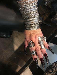 Gothic Makeup, Gothic Jewelry, Pandora Charms, Beautiful, Goth Jewelry, Goth Makeup
