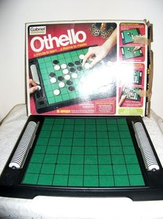 Vintage Othello Board Game from 1975 Original Box by SusOriginals, $7.00