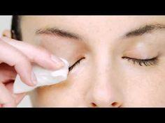 """Lo que """"tapa los poros"""" no es el maquillaje, sino el hecho de no retirarlo en la noche. Haz de esta rutina un hábito antes de aplicar tus cremas y verás ¡cómo tu piel mejora! #Tips #Desmaquillante #makeup #OriflameMX"""