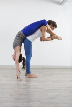 Partner Yoga - Acro