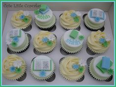 Library theme cupcakes... in pastel colors.