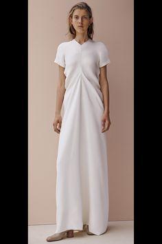 Celine Pre-Fall 2015 Fashion Show Fashion Moda, Look Fashion, High Fashion, Fashion Show, Womens Fashion, Fashion Design, Celine, Robes Glamour, Beige Outfit
