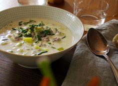 Lecker und schnell gemacht: Lauch-Käse-Hack-Suppe