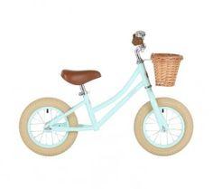 http://www.jugarijugar.com/2426-7999-thickbox/bicicleta-sin-pedales-vintage.jpg