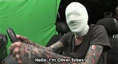 Oli behind scenes of It Never Ends xD