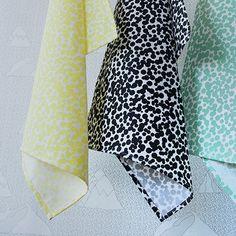 Set 3 Dots Tea Towels Yellow, Green, Black from Studio LileSadi, Rotterdam.