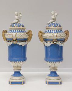 Lot 064 S93 - Pair of European Porcelain Urns - Est. $800-1200 - Antique Reader