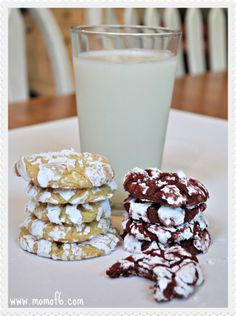 EASIEST COOKIE EVER! 1 box cake mix (any flavor- chocolate red velvet lemon etc. Drop spoonfuls into powdered sugar to coat. Bake at 350 for 12 mins cool before removing. Cookie Desserts, Just Desserts, Cookie Recipes, Delicious Desserts, Dessert Recipes, Yummy Food, Tasty, Cookie Bars, Galletas Cookies