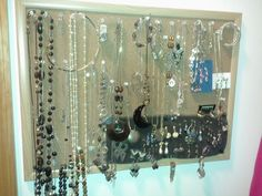 Display Costume Jewerly, Cork board and push pins.  Pin it! http://www.pinterestbest.net/Dunkin-Donuts-100-Gift-Card