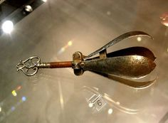 The supposedly medieval torture device, the Pear of Anguish, displayed at the Museum der Festung Salzburg, Austria - photo by Klaus D. Peter, Wiehl, Germany / Wikipedia