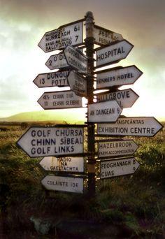 Sign Post, West Coast of Ireland West Coast Of Ireland, Love Ireland, Ireland Travel, Highlands, Dublin Pubs, Irish Roots, Irish Blessing, Irish Celtic, Viajes