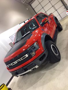 2013 Ford Motor Company F150 Raptor SVT getting our ULTIMATE self-healing paint protection film! Ford F-150 SVT Raptor Ford Trucks #fordtx