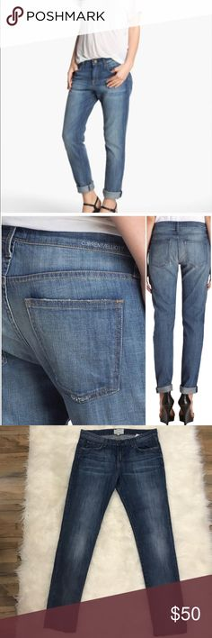 """Current/Elliott The Roller jean These are very soft and well-made jean! The hem is raw and you could leave down or roll up boyfriend style.9.5"""" rise, 16.5"""" waist, 28"""" inseam and about 18"""" across the hips, 8.75"""" across the thigh. Really good condition Current/Elliott Jeans"""