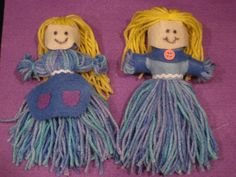 Risultati immagini per 5 minutes craft Yarn Crafts For Kids, 5 Min Crafts, Diy For Kids, Diy Yarn Dolls, Diy Doll, Rag Dolls, Do It Yourself Videos, American Heritage Girls, Pom Pon