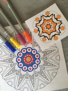 Har du fått dilla på mandalategninger. Du kan selvsagt også tegne dine egne og fargelegge dem, men visste du at du også kan laste ned fine mandalategninger gratis fra nett?