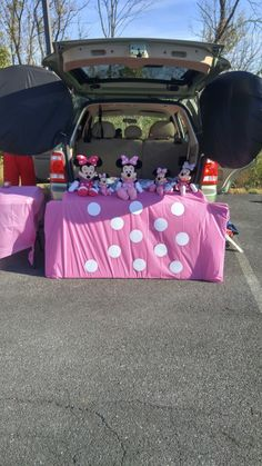 Minnie Mouse Trunk Or Treat Halloween Trunk Or Treat Halloween Treats Truck Or Treat