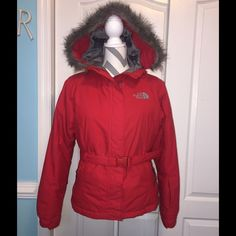 Red North Face 550 Greenland Coat I purchased this coat several years ago but I've only worn it a couple times. It is very heavy weight and great for cold weather but living in Ky I just never wear it. It's not new but is like new. Obviously it's Red and has grey lining and removable grey fur around the hood and pulls. It has a zipper and Velcro up the front with a red belt and red buckle and front side zip pockets. Like many other Northface coats it has  other hidden zip up pockets. I think…