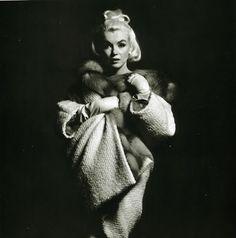 Marilyn Monroe - The Entire Bert Stern Photoshoot - Hot Famous Divas Marilyn Monroe 1962, Bert Stern, Joe Dimaggio, Portrait Studio, Howard Hughes, Norma Jeane, Steve Mcqueen, Classic Beauty, Timeless Beauty
