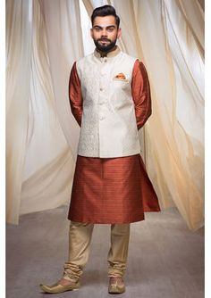 Buy Red Luxurious Kurta from our latest Durga Puja Collection. Select from a wide range of designer sherwanis, dhoti kurta, indo-western wear, kurtas & pathani online. Sherwani For Men Wedding, Wedding Dresses Men Indian, Sherwani Groom, Wedding Dress Men, Wedding Suits, Wedding Attire, Kurta Pajama Men, Kurta Men, Indian Men Fashion