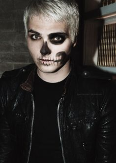 Gerard Way had some amazing face paint during The Black Parade. Might want to try for Halloween sometime. Más