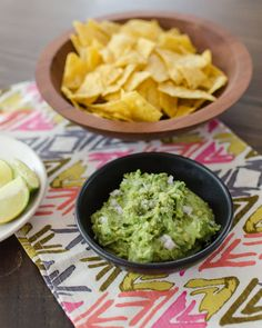The Best Way to Keep Guacamole Green