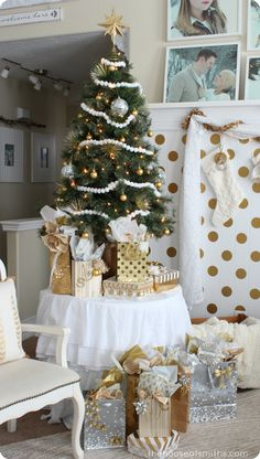 Gold and Silver Christmas - 4ft table top tree - It's All About the Tree - and Not ... at the Same Time #houseofsmiths #christmasideas #smallchristmastreeidea #christmasonabudget