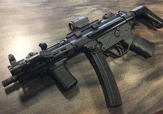 Weapons Guns, Guns And Ammo, Shooting Guns, Shooting Range, Battle Rifle, Submachine Gun, Custom Guns, Military Guns, Cool Guns