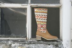 Nuestros diseños !!! Rubber Rain Boots, Shoes, Fashion, Dress, World, Footwear, Black, Moda, Zapatos