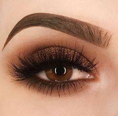 Brown bronze smokey eyeshadow eye makeup