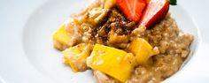 Rijstpap met mango en kokosbloesemsuiker, een lekker dessert #amanprana #noblehouse #amanvida #ontbijt #rijstpap #dessert #gezond #kokosbloesemsuiker