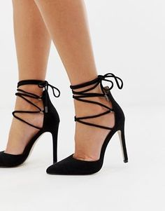 841901272eba 690 Best Shoes images in 2019