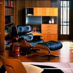 Eames Lounge Chair w/ Ottoman