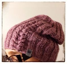 A hat for a little girl. Pattern my own, yarn by Eden Cottage Yarns. Pipo tyttöselle, oma malli.