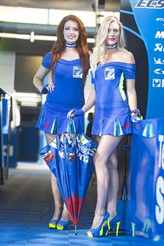 The beautiful Paddock Girls 💙 - Uniform Cosplay Outfits, Sexy Outfits, Sexy Dresses, Grid Girls, Car Show Girls, Fit Women, Sexy Women, Monster Energy Girls, Promo Girls