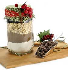 FOOD GIFT:    Old-Fashioned Oatmeal Chocolate Chip Cookie Mix in a Jar