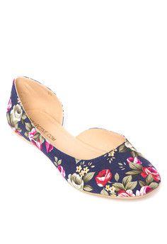 36a737ed16825 18 Best shoes images