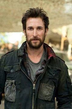 """Noah Wyle portrays the character of Tom Mason in the tv show """"Falling Skies""""......"""