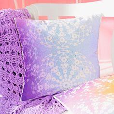 Fashionspray Marabu, 100 ml aubergine Tina Grande, Textiles, Diy Fashion, Bed Pillows, Pillow Cases, Airbrush, Bleach, Tela, Pillow Beds