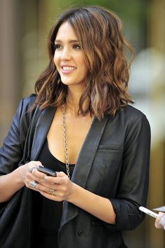 Jessica Alba Medium Cut