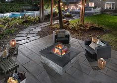 cool backyard with stone fire pit designs ideas 102 Fire Pit Grill, Fire Pit Backyard, Outdoor Fire, Outdoor Decor, Outdoor Ideas, Paved Patio, Fire Pit Designs, Home Landscaping, In Ground Pools