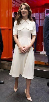 Pangeran William dan keluarga belum lama ini berlibur di Pegunungan Alpen. Namun, Kate Middleton malah mendapat kritikan dari organisasi pecinta binatang.