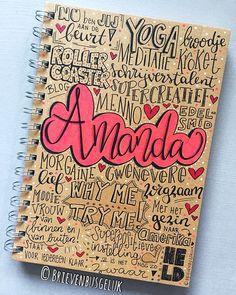 • Notitieboekje 'Amanda' • ©️ 💞💪🏻📔 Amanda maakt een moeilijke tijd door, maar blijft ondanks dat positief ingesteld. En zelfs nu staat ze… Letter Art, Letters, Hand Lettering Art, Notebook, Bullet Journal, Stamp, Writing, Create, Writing Fonts