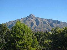 Marbella. La Concha (Sierra Blanca) ramificación de la Sierra de las Nieves.