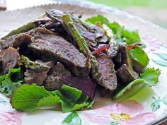Recipe: Chimichurri SteakSalad - http://www.tenderfoodie.com/blog/2012/9/6/recipe-chimichurri-steak-salad.html#