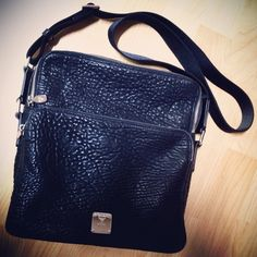 2014 New Authentic #MCM #KEANA Messenger #Bag  #MMM4SKN07BK  Medium Size, Shoulder Bag, Black  고마워헝~♥알랴븅~♥여봉봉♥