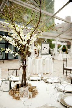 Rebecca Shepherd floral design: The Foundry, Long Island City wedding flowers.